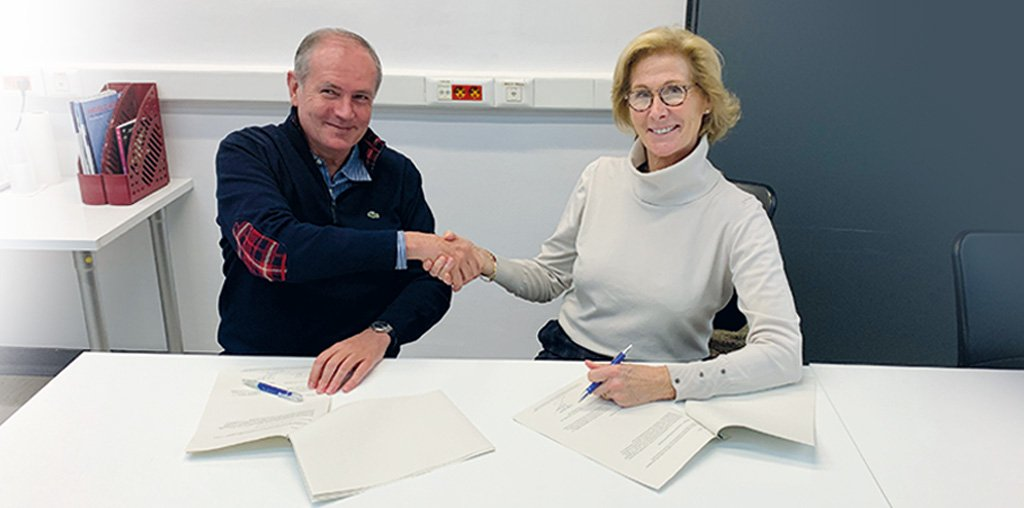 Signatura de l'acord de patrocini entre GRIT i el Banc dels Aliments